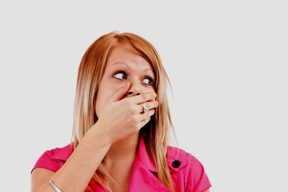 запах крови во рту у ребенка