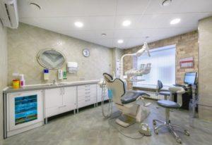 Выбираем стоматологическую клинику для всей семьи